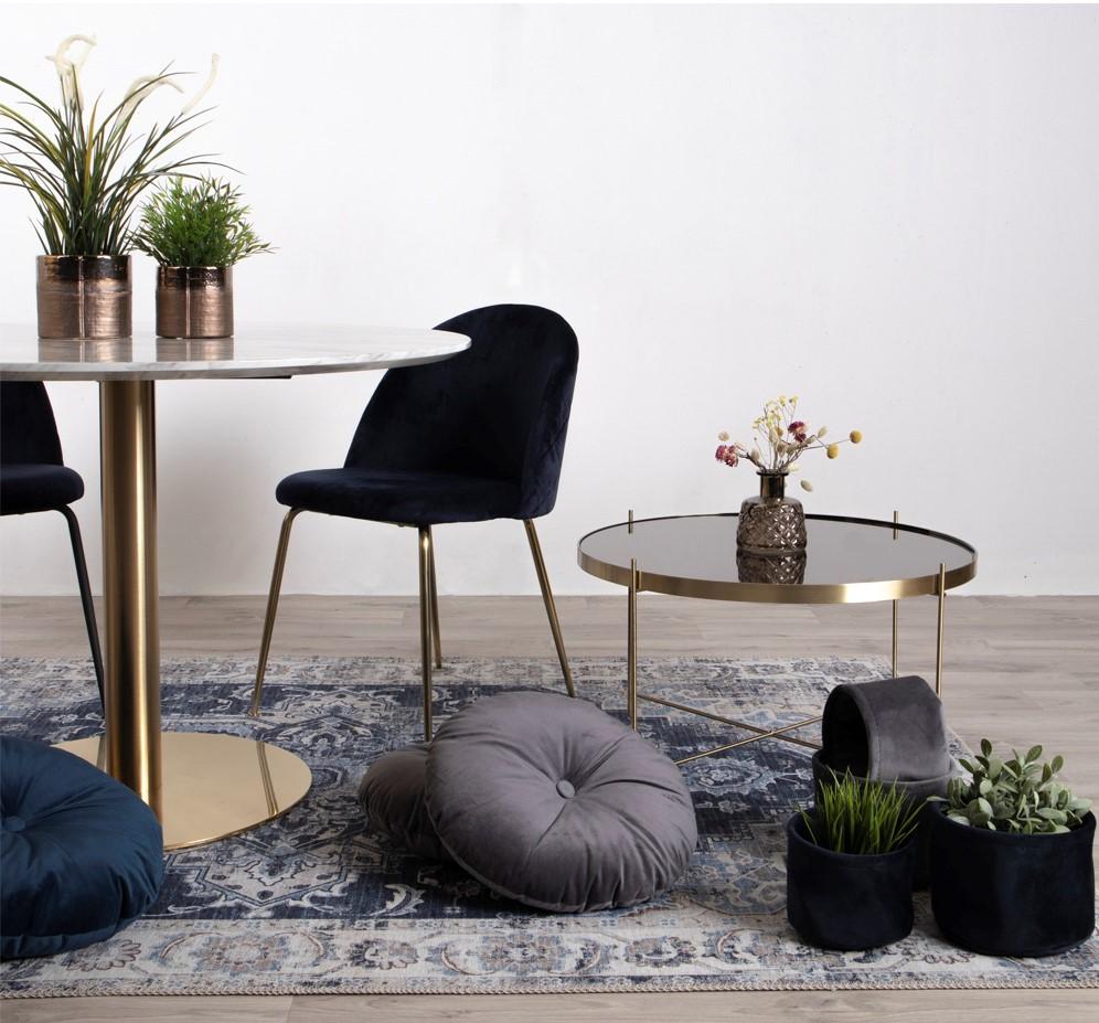 мебели и аксесоари за интериора