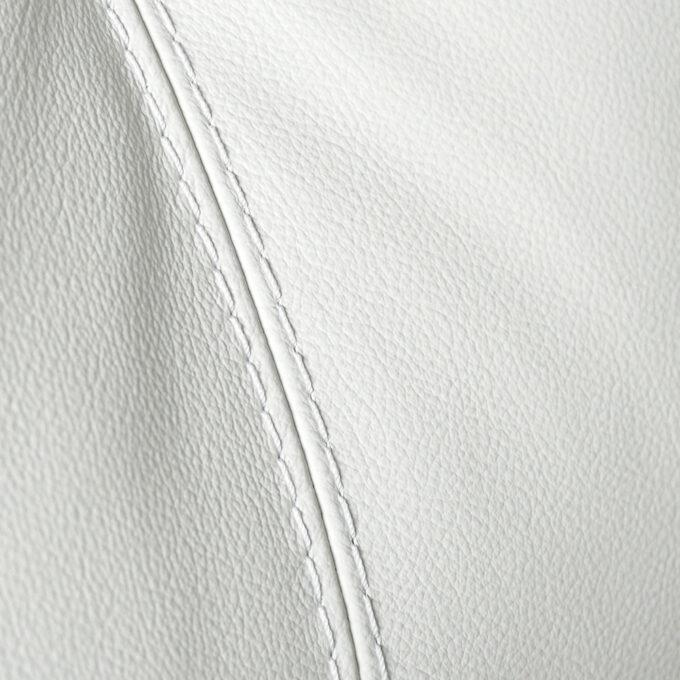 Диван от бяла естествена кожа